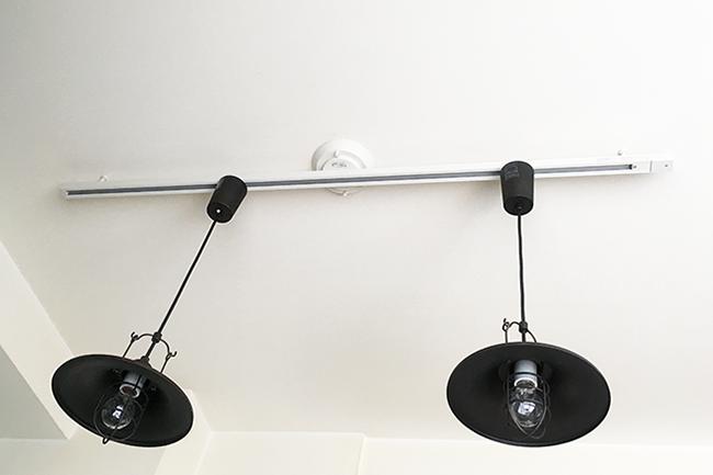 取付簡易型スライドコンセント+ペンダントライト2灯