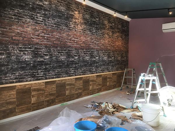壁紙施工後の反対側の壁面