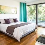 寝室を快適に!カーテンとベッドの色の組み合わせ5パターン&22実例