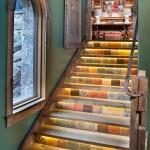発想が素敵!!階段を上手に利用した海外の美術作品のようなインテリア