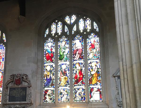 セント・メアリー教会のステンドグラス