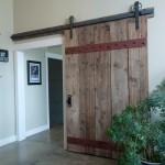 どう使う?古材ドア・古材扉の参考になるインテリア30選
