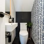どれにする?雰囲気が180度変わる【12色別】トイレの壁紙実例36選