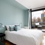 有彩色3種類&10色別センスある寝室のアクセントクロス実例40選