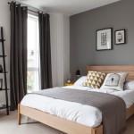 濃淡で印象が変わる!寝室の無彩色アクセントクロス&インテリア実例